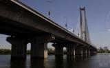 Готуйтеся до пробок: у Києві знову обмежать рух по Південному мосту