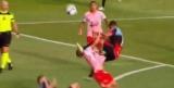 Башня: футболист в прыжке влетел шипами в горло противника