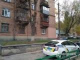 У Голосіївському районі Києва чоловік відкрив стрілянину з вікна житлового будинку - ЗМІ (фото)