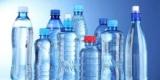 Ученые выяснили, насколько опасна вода из бутылок